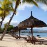 El hotel cuenta con 600 metros de frente de playa con vegetación hasta la orilla