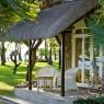 Todas las habitaciones de La Pirogue cuentan con una deliciosa terraza privada