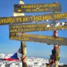 El Kilimajaro con sus 5.895 metros sobre el nivel del mar es el techo de África