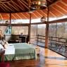 Tarangire Treetops cuenta con 20 habitaciones bellamente decoradas con materiales locales